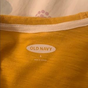 Old Navy Tops - yellow old navy king sleeve